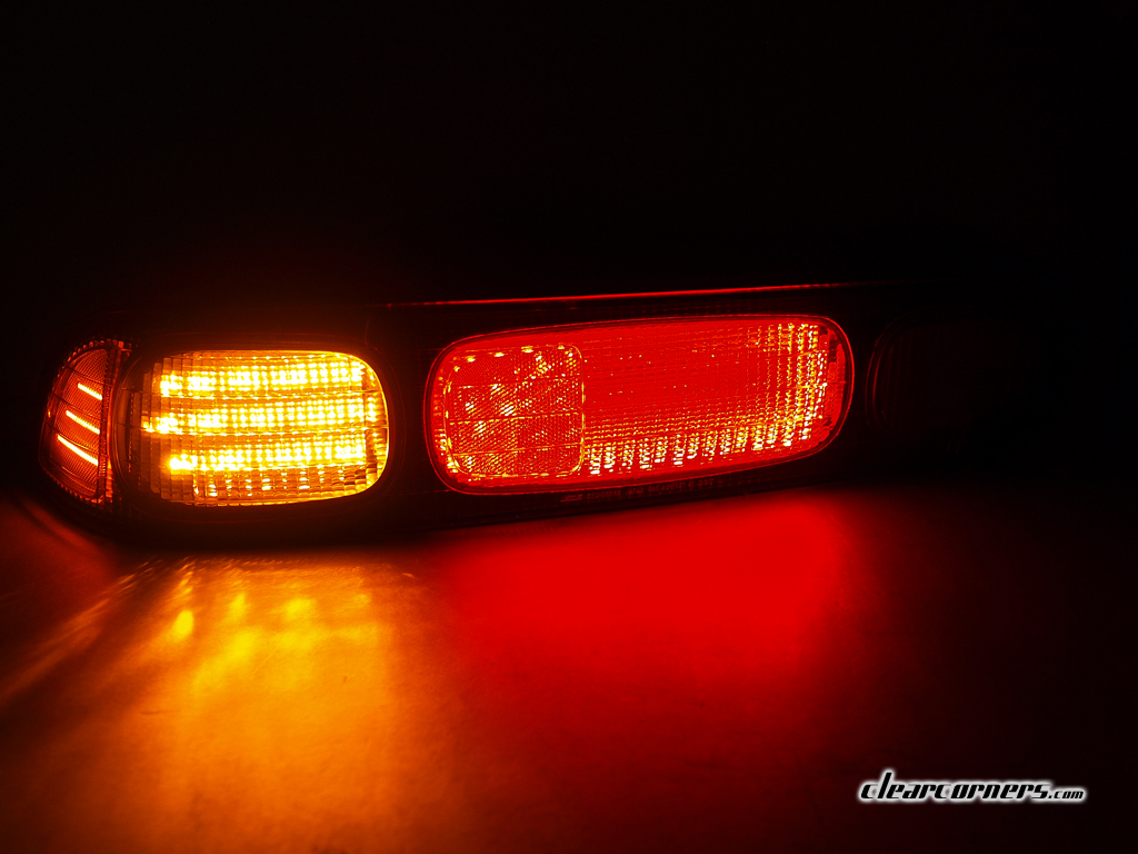 Signal Light 104 Amber Leds